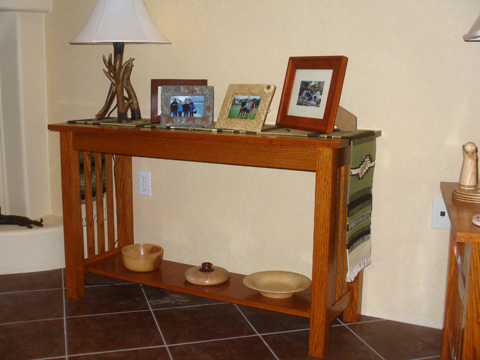 01_05_10_craftsman_style_sofa_table