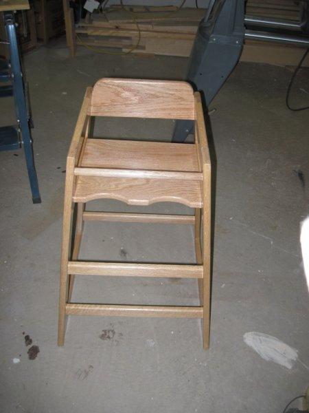 grammy-chair-2e0de2993b172f53078c3552b64f6a4e06ef96b0